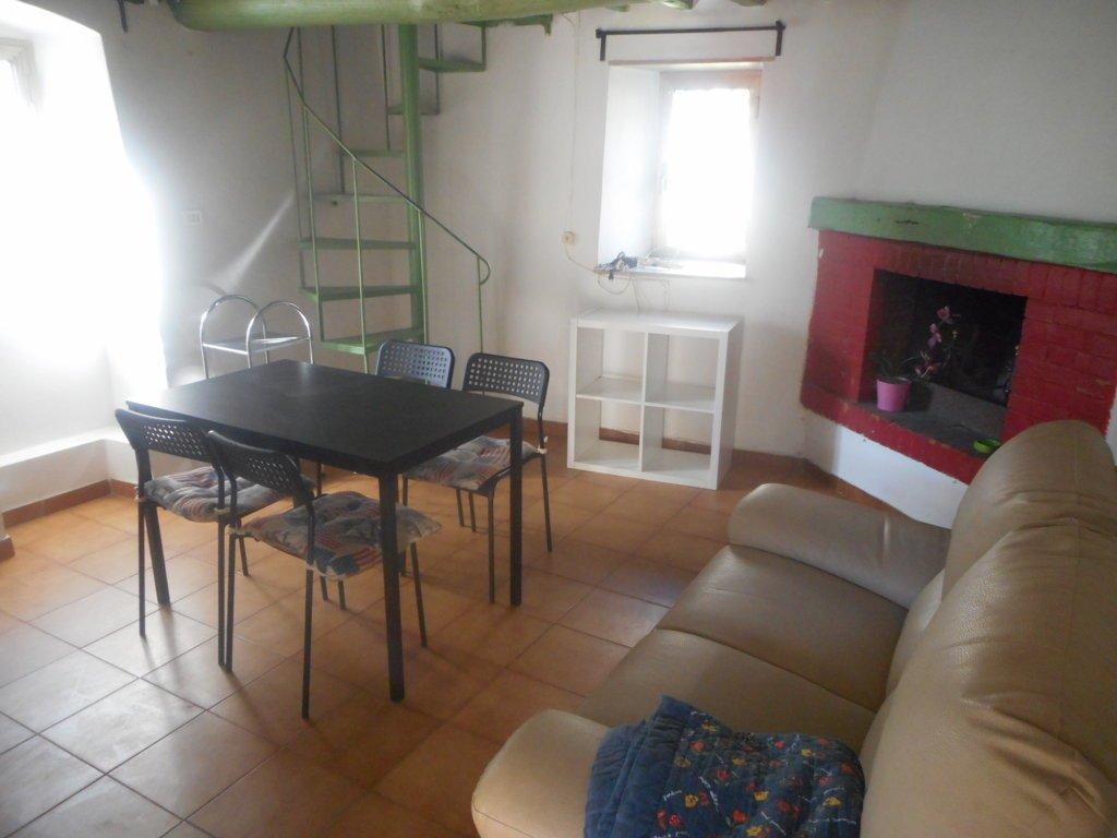Soluzione Indipendente in affitto a Massa, 3 locali, prezzo € 500 | Cambio Casa.it