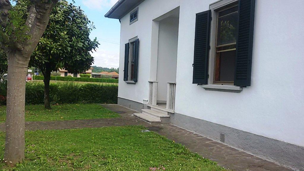 Soluzione Indipendente in vendita a Santa Croce sull'Arno, 5 locali, prezzo € 150.000 | CambioCasa.it