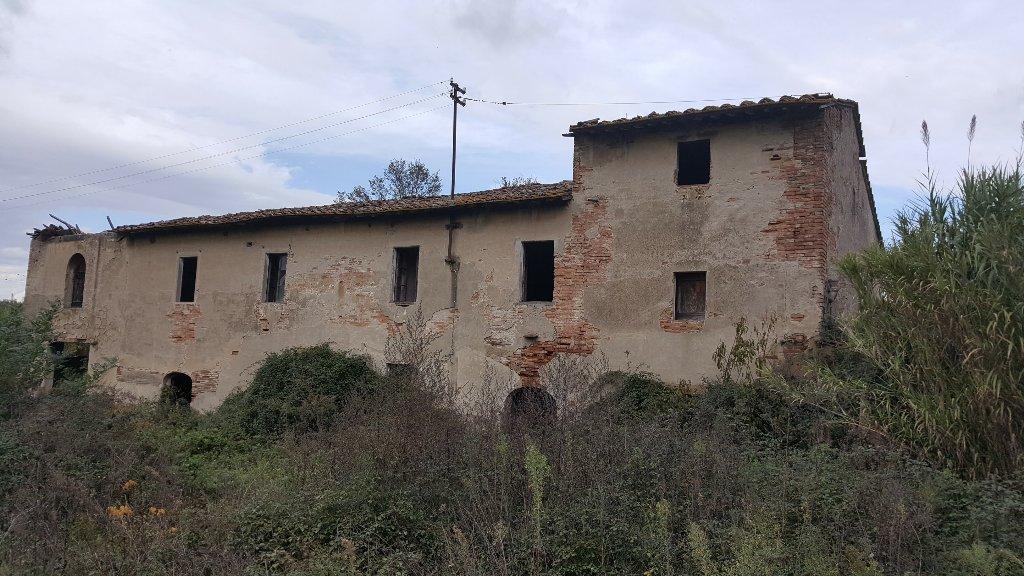 Rustico / Casale in vendita a San Miniato, 12 locali, Trattative riservate | Cambio Casa.it