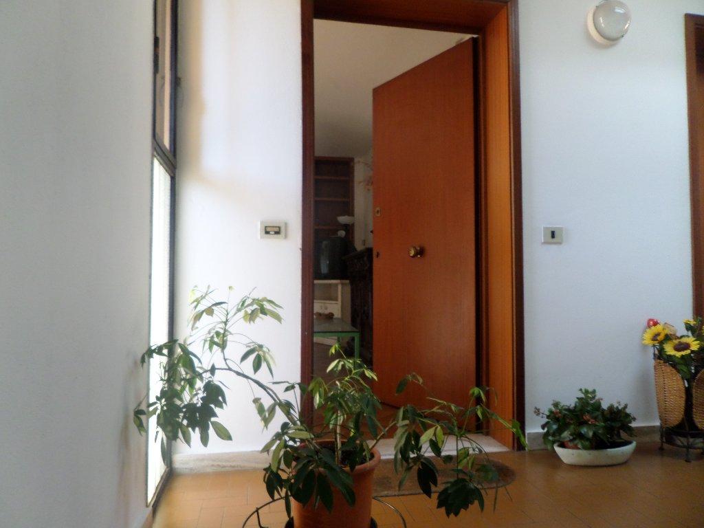 Appartamento in vendita a San Miniato, 5 locali, prezzo € 118.000 | Cambio Casa.it