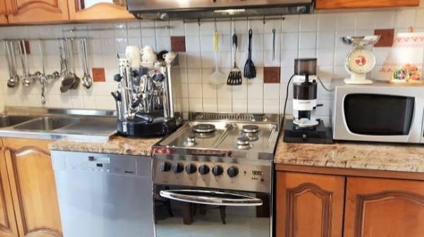 Appartamento in vendita a Montignoso, 4 locali, prezzo € 220.000 | Cambio Casa.it