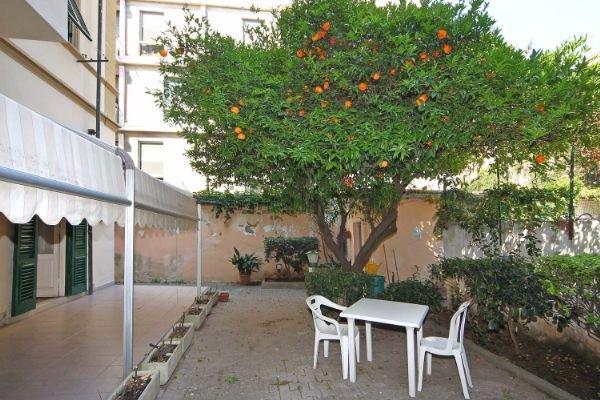 Appartamento in vendita a Livorno, 5 locali, prezzo € 330.000 | CambioCasa.it