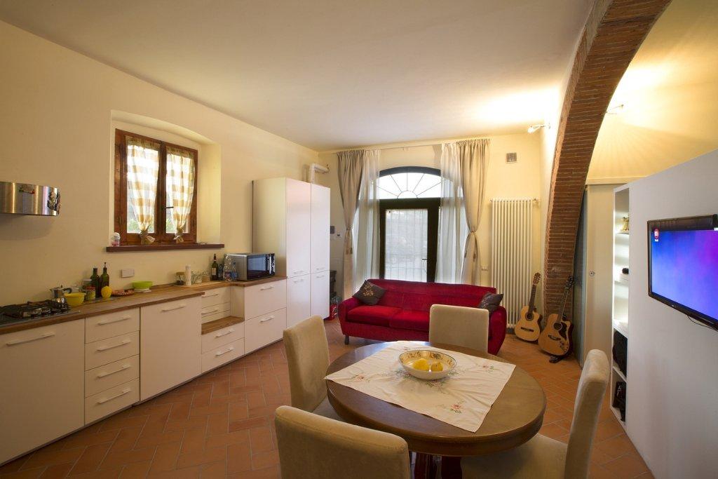 Appartamento in affitto a Empoli, 2 locali, prezzo € 450 | Cambio Casa.it