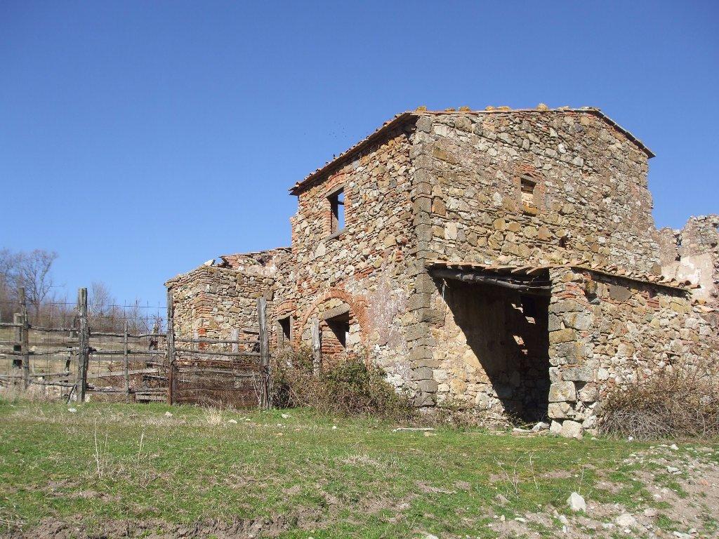 Colonica in vendita a Montecatini Val di Cecina (PI)