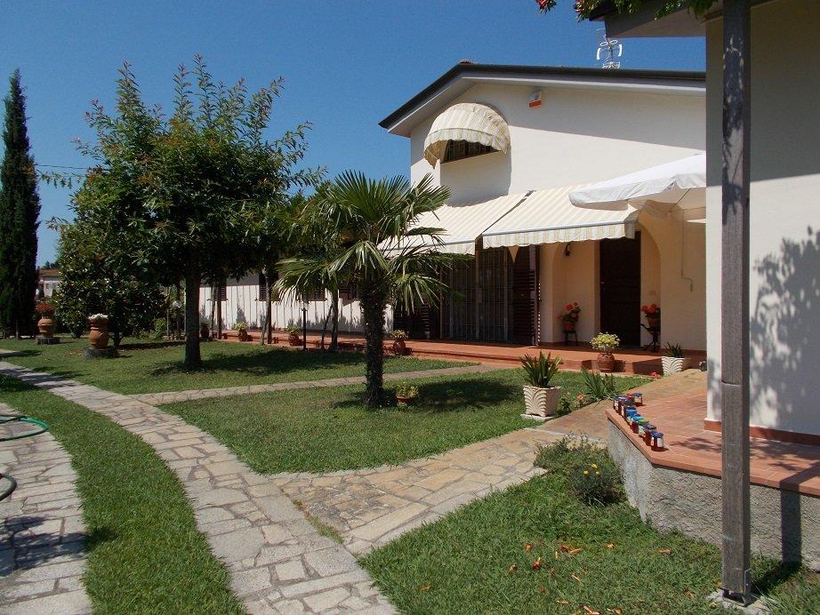 Villa in vendita a San Giuliano Terme, 6 locali, prezzo € 490.000 | CambioCasa.it