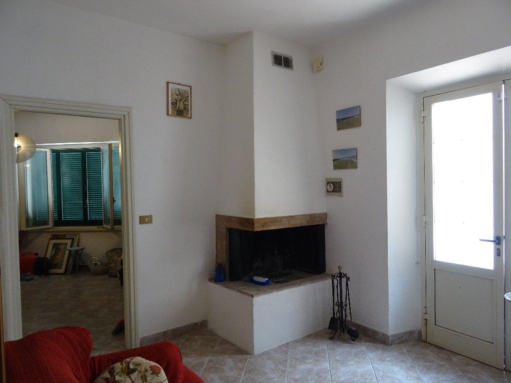 Soluzione Indipendente in vendita a San Giuliano Terme, 4 locali, prezzo € 155.000 | Cambio Casa.it