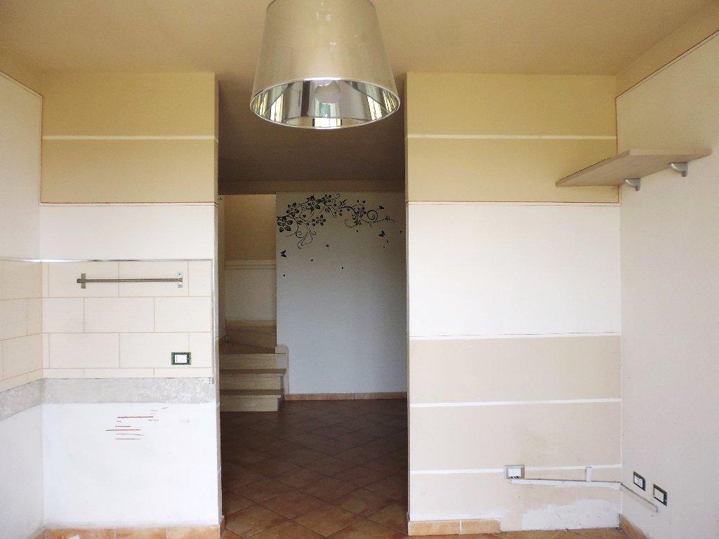 Villa a Schiera in vendita a Santa Maria a Monte, 5 locali, prezzo € 175.000 | Cambio Casa.it