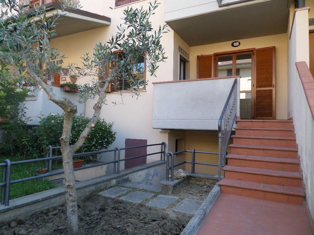 Appartamento in vendita a San Miniato, 4 locali, prezzo € 215.000   CambioCasa.it