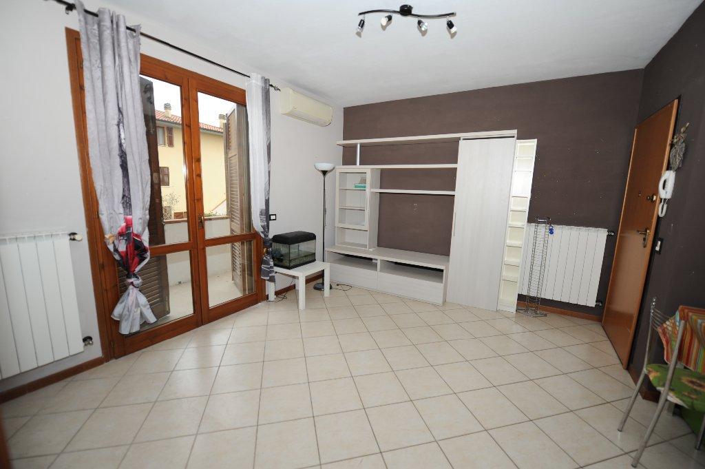 Appartamento in vendita a Fucecchio, 2 locali, prezzo € 100.000 | Cambio Casa.it