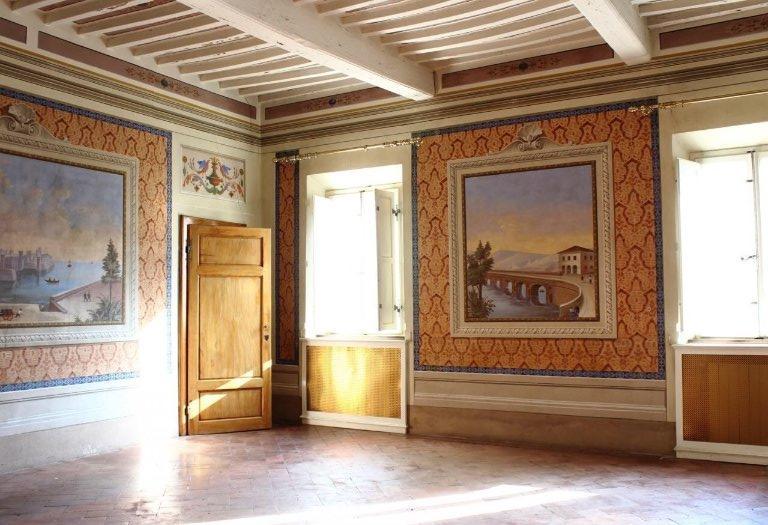 Villa in Vendita a Buti