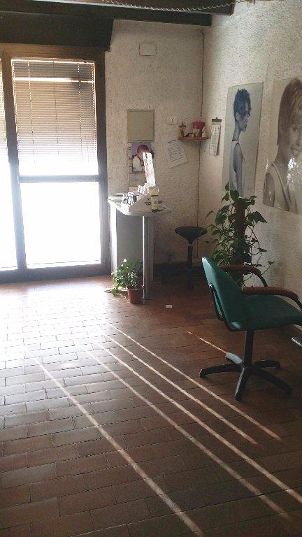 Negozio / Locale in affitto a Sovicille, 1 locali, prezzo € 350 | Cambio Casa.it