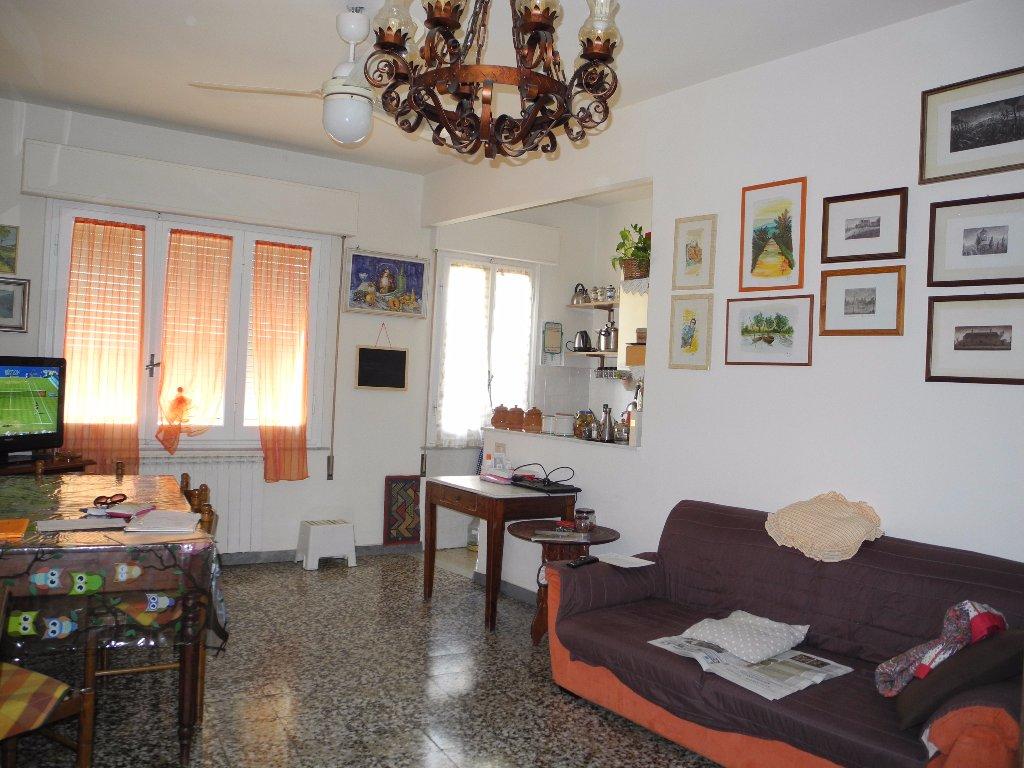 Appartamento in vendita a Cerreto Guidi, 3 locali, prezzo € 98.000 | Cambio Casa.it