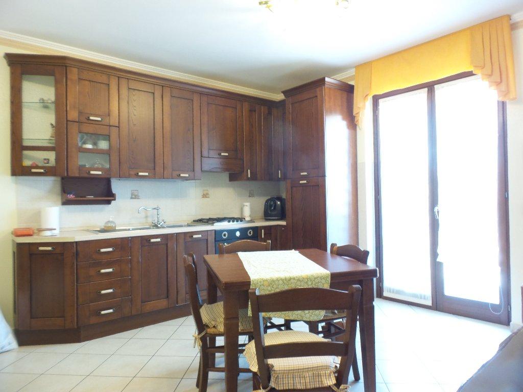 Appartamento in vendita a Empoli, 3 locali, prezzo € 160.000 | Cambio Casa.it