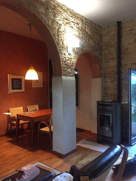 Rustico / Casale in vendita a Colle di Val d'Elsa, 5 locali, prezzo € 395.000 | CambioCasa.it