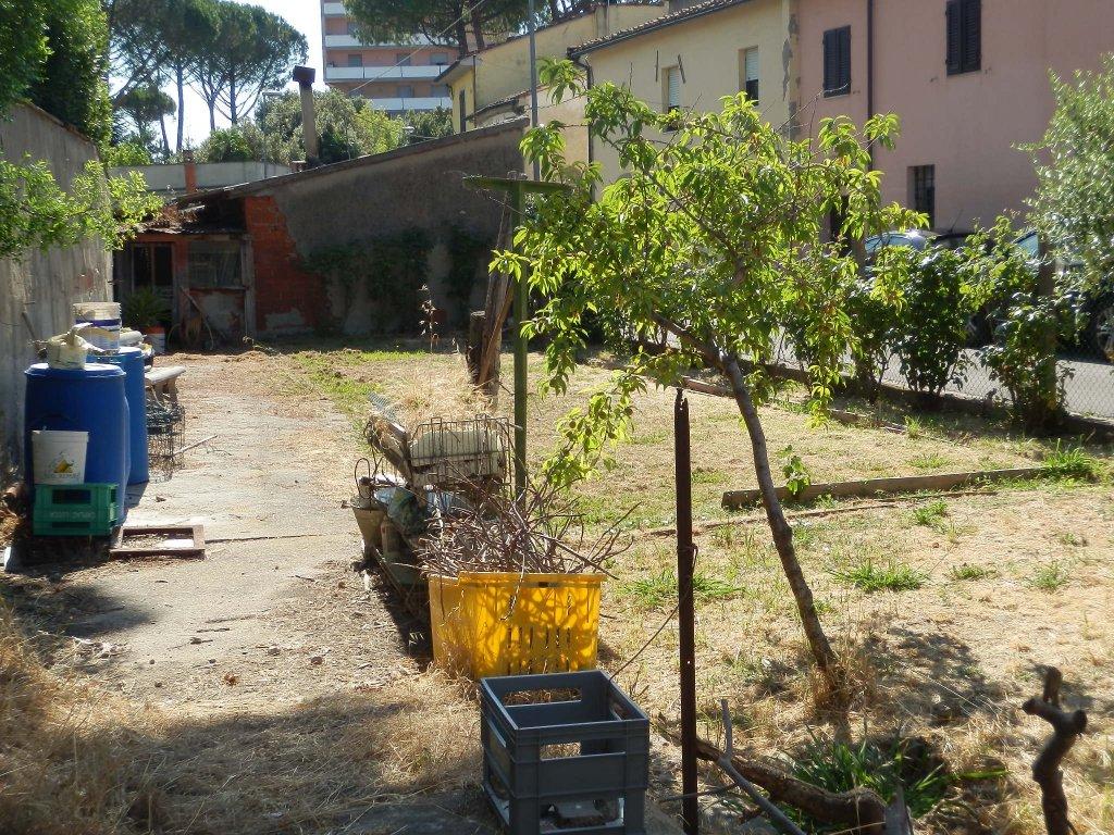 Soluzione Indipendente in vendita a Calcinaia, 4 locali, prezzo € 95.000 | CambioCasa.it