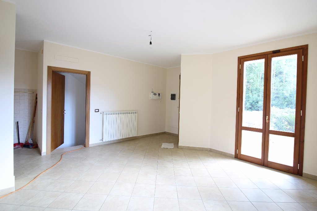 Appartamento in affitto a Bientina, 4 locali, prezzo € 610 | CambioCasa.it