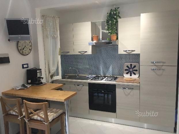 Appartamento in affitto a Rosignano Marittimo, 2 locali, prezzo € 2.100 | CambioCasa.it