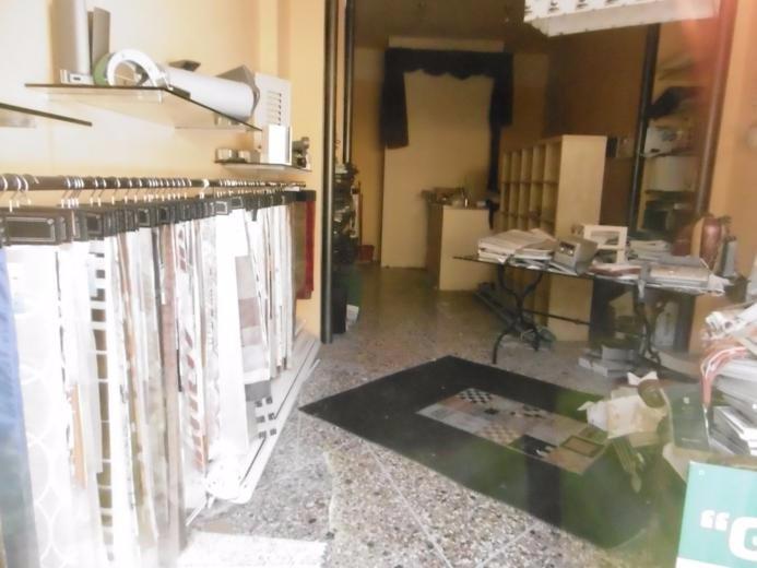 Negozio / Locale in vendita a Pisa, 1 locali, prezzo € 85.000   CambioCasa.it