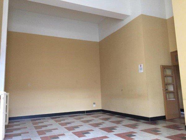 Palazzo / Stabile in Affitto a Pistoia