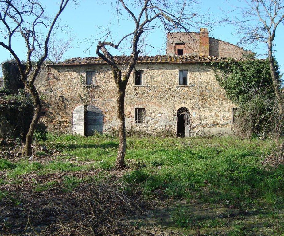 Rustico / Casale in vendita a Larciano, 10 locali, prezzo € 400.000 | CambioCasa.it
