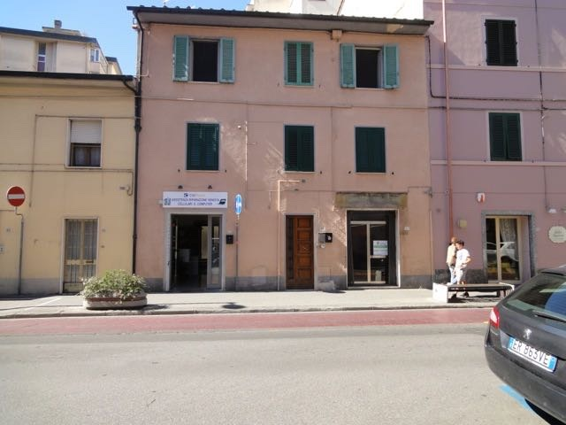 Negozio / Locale in vendita a Pontedera, 2 locali, prezzo € 45.000 | CambioCasa.it