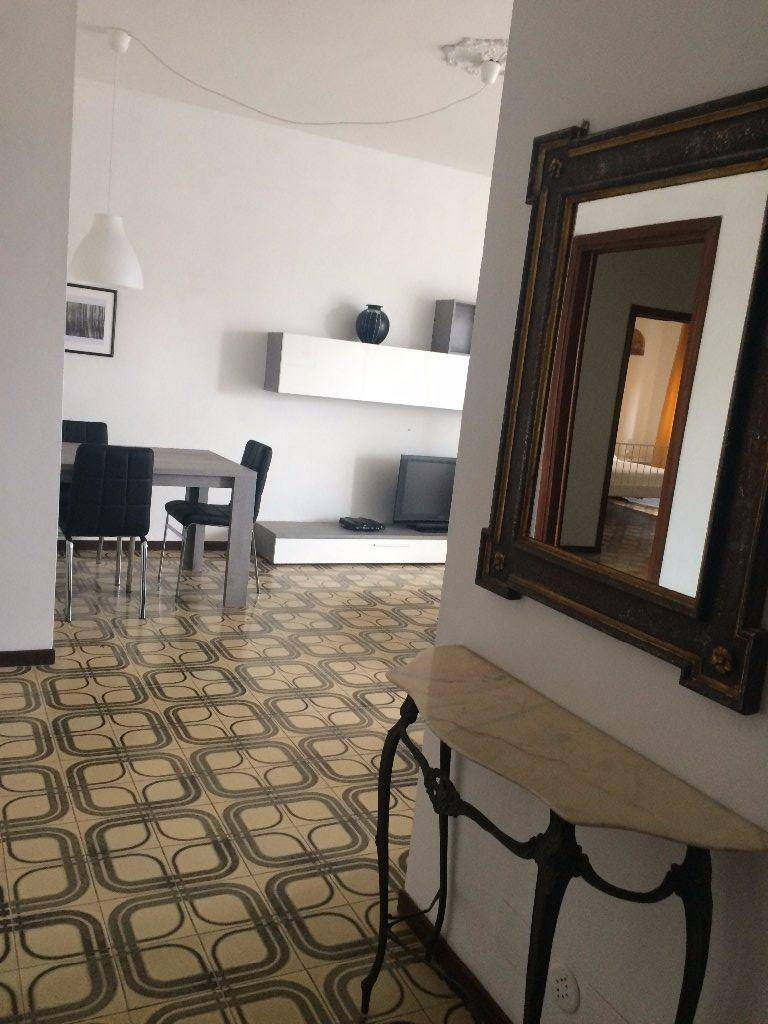 Appartamento in affitto a Carrara, 4 locali, Trattative riservate | CambioCasa.it