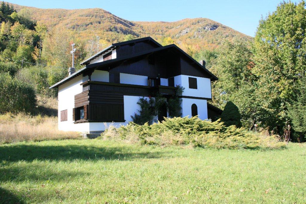 Foto 2/26 per rif. villa abetone