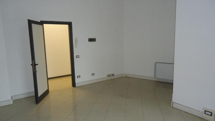 Ufficio / Studio in Affitto a Lastra a Signa