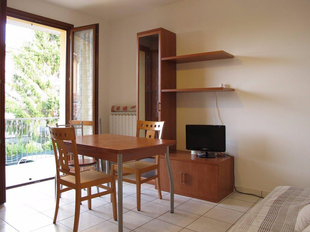 Appartamento in affitto, rif. 8410-02