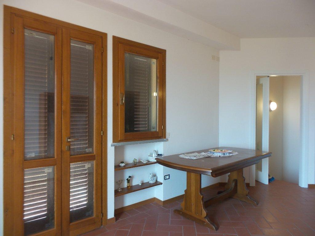 Appartamento in vendita a Montespertoli, 4 locali, prezzo € 185.000 | Cambio Casa.it