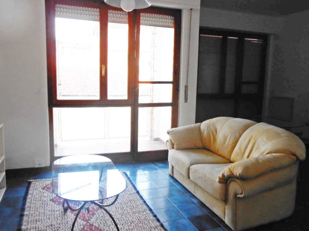 Appartamento in affitto a Pontedera, 4 locali, prezzo € 530 | CambioCasa.it