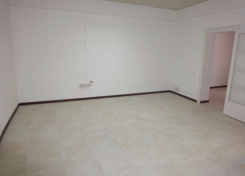 Ufficio / Studio in affitto a Cascina, 2 locali, prezzo € 380 | CambioCasa.it