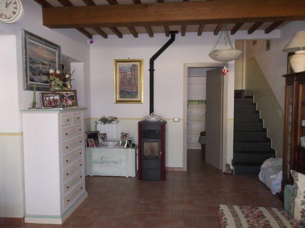 Soluzione Indipendente in vendita a Ponsacco, 4 locali, prezzo € 105.000 | Cambio Casa.it