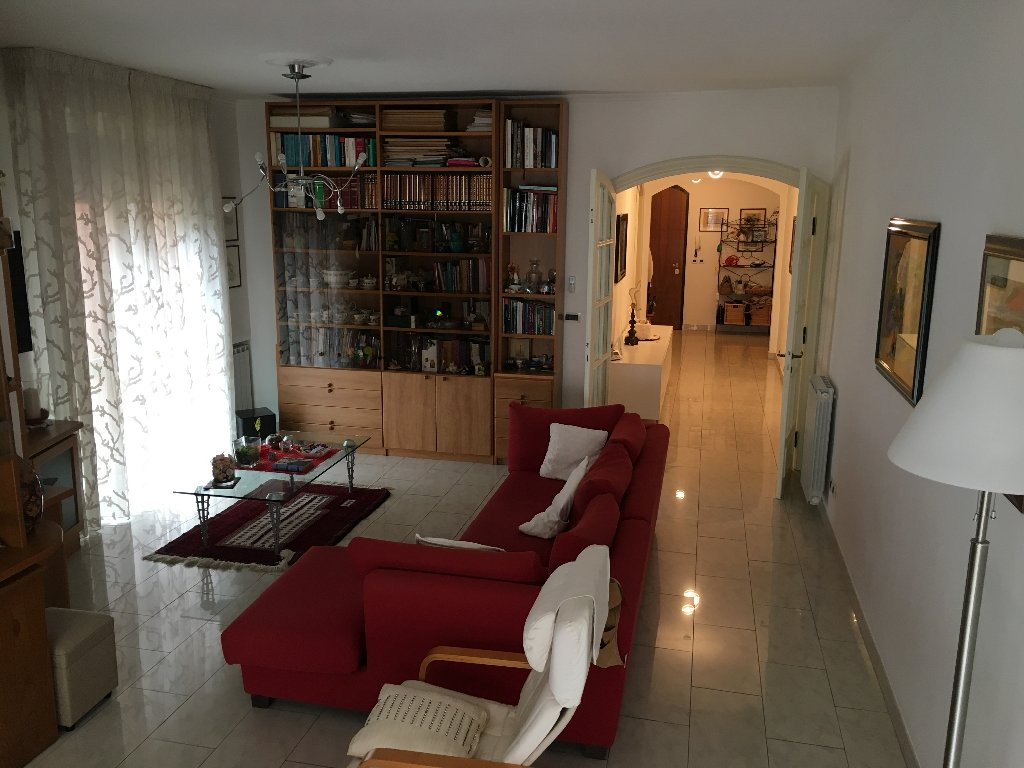 Appartamento in vendita a Pisa, 6 locali, prezzo € 490.000 | CambioCasa.it