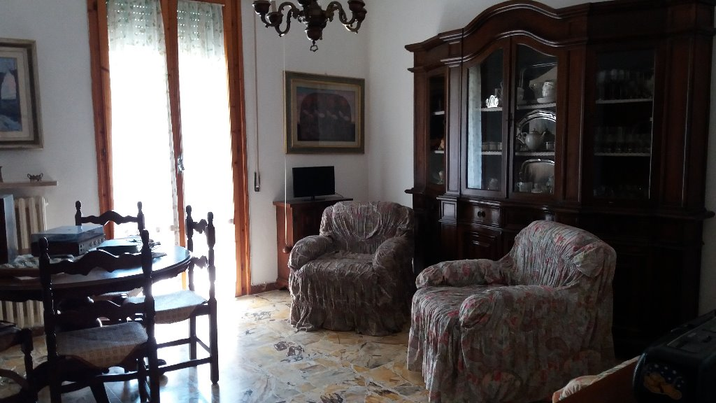 Appartamento in vendita a Montelupo Fiorentino, 5 locali, prezzo € 210.000 | Cambio Casa.it