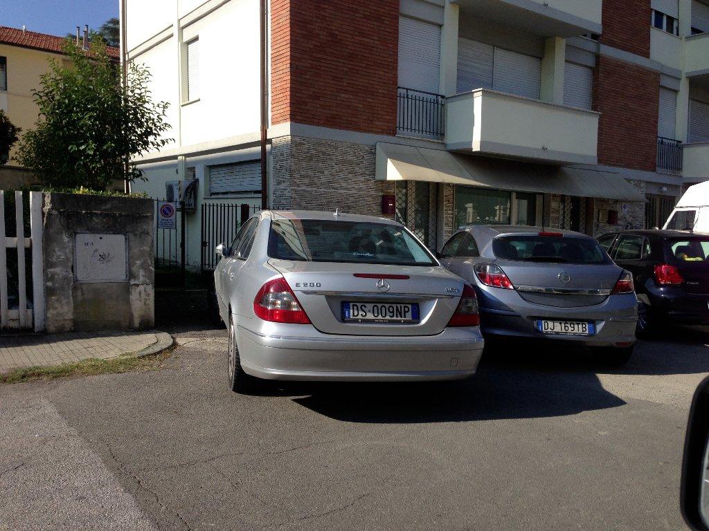 Negozio / Locale in affitto a Pisa, 2 locali, prezzo € 750   CambioCasa.it