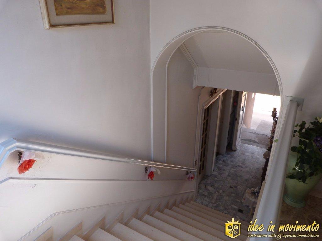 Casa semindipendente in vendita a Montignoso (MS)