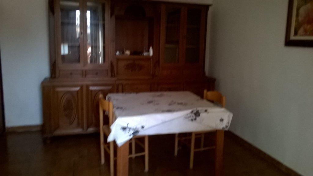 Soluzione Indipendente in affitto a Cascina, 5 locali, prezzo € 650 | CambioCasa.it
