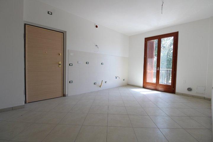 Appartamento in vendita a Colle di Val d'Elsa, 3 locali, prezzo € 150.000   CambioCasa.it