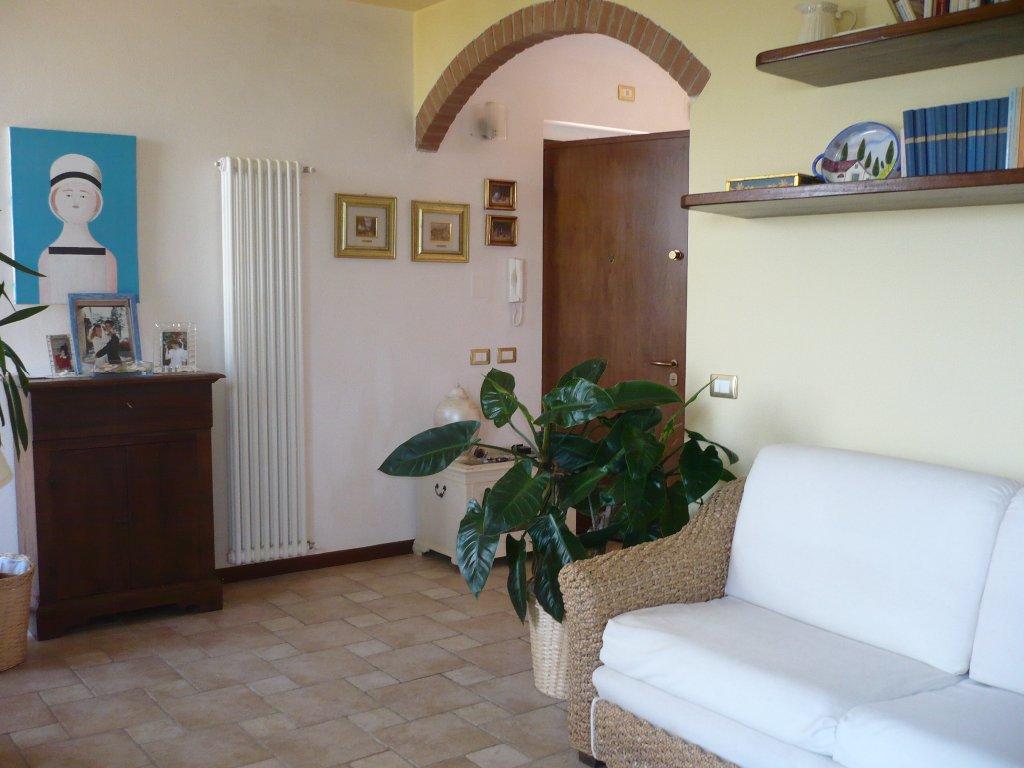 Villa Bifamiliare in Vendita a Casole d'Elsa