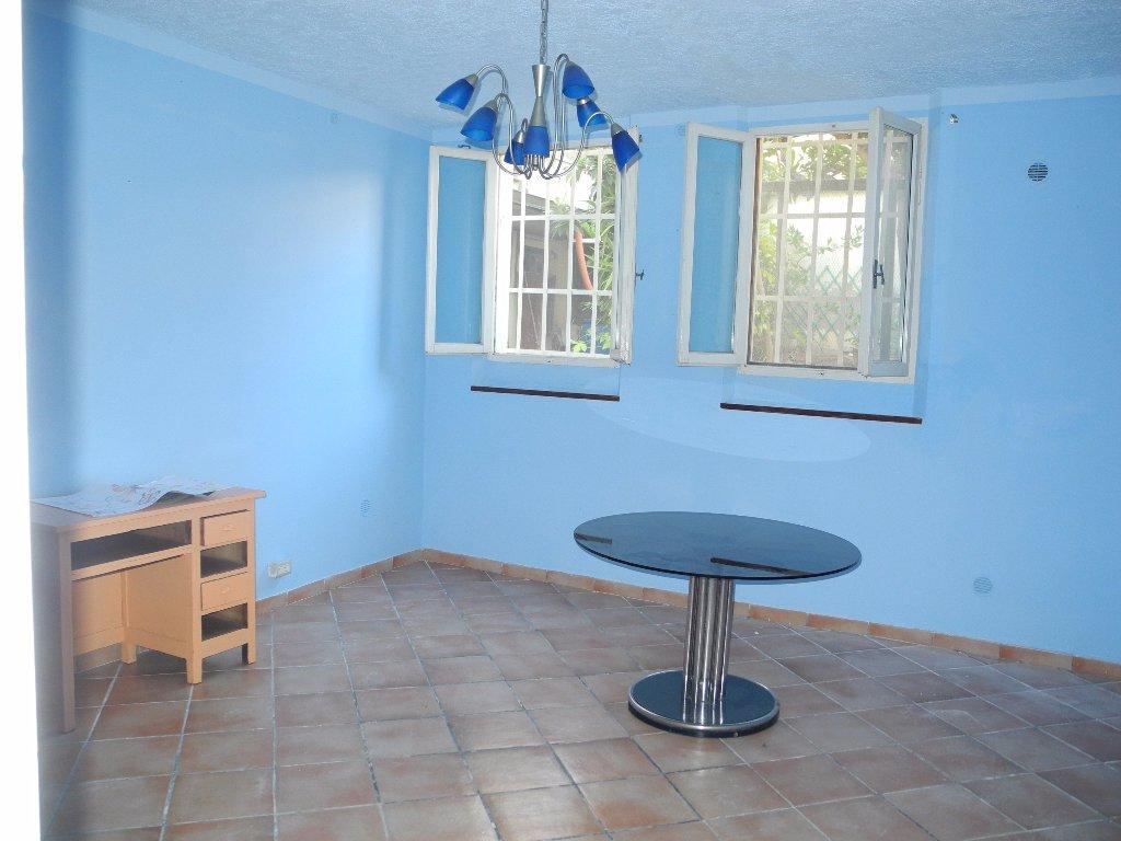 Appartamento in vendita a Fucecchio, 4 locali, prezzo € 80.000 | Cambio Casa.it