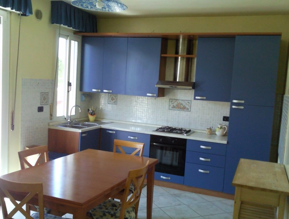 Appartamento in affitto a San Giuliano Terme, 4 locali, prezzo € 860 | CambioCasa.it