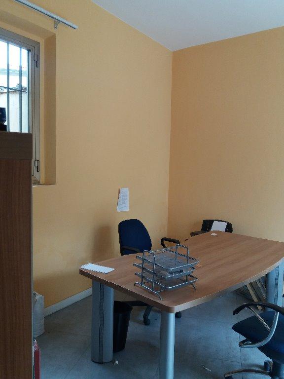 Laboratorio in affitto a Campi Bisenzio, 2 locali, prezzo € 550 | CambioCasa.it