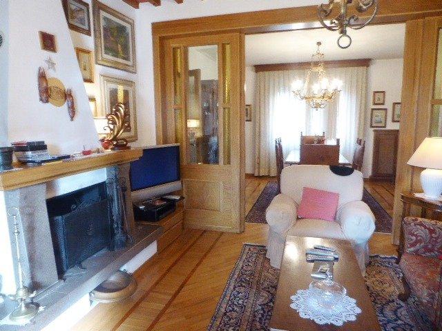 Soluzione Indipendente in vendita a Cascina, 6 locali, prezzo € 230.000 | CambioCasa.it