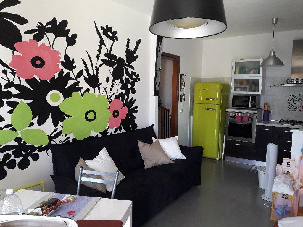 Appartamento in vendita a Crespina Lorenzana, 3 locali, prezzo € 108.000 | CambioCasa.it
