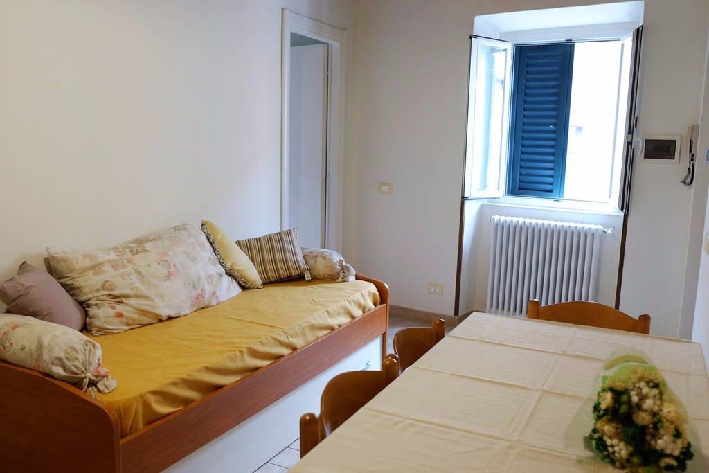 Appartamento in affitto a Calci, 2 locali, prezzo € 450 | CambioCasa.it