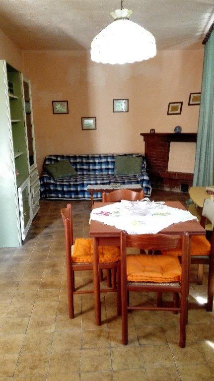 Appartamento in vendita a Terricciola, 3 locali, prezzo € 43.000 | CambioCasa.it