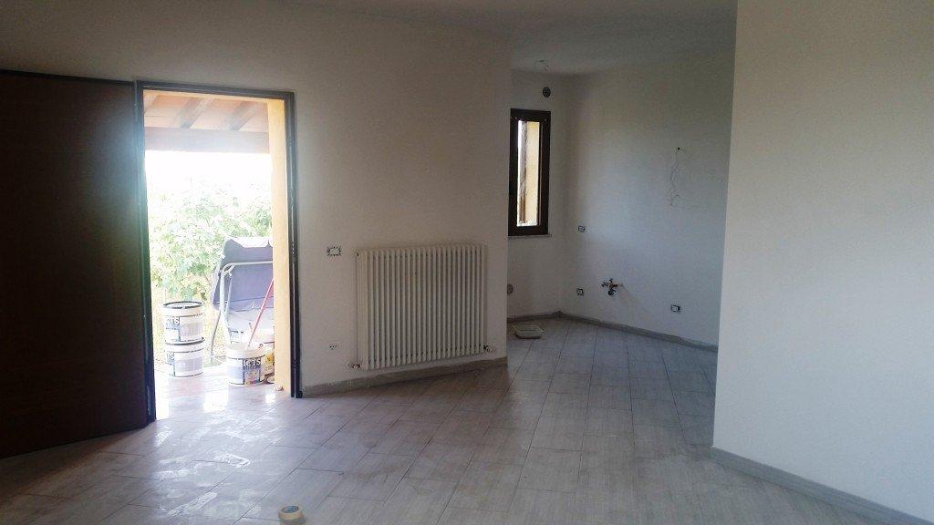 Villa in affitto a Pisa, 6 locali, prezzo € 1.000 | CambioCasa.it