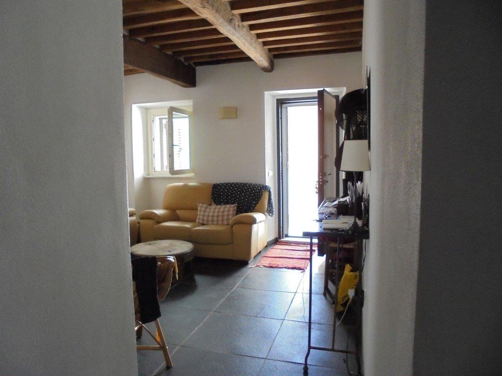 Casa semindipendente in vendita, rif. sil