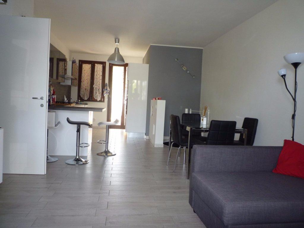 Appartamento in vendita a Santa Maria a Monte, 4 locali, prezzo € 175.000 | CambioCasa.it